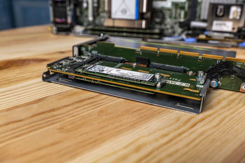 Lenovo ThinkSystem SE350 Quad M.2 Riser