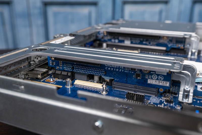 Gigabyte R181 2A0 PCIe Riser