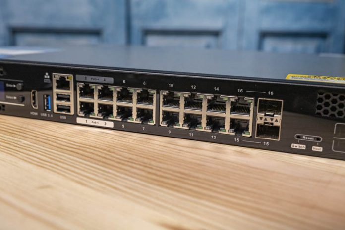 QNAP QGD 1600P Front 10x 1GbE PoE Plus Ports