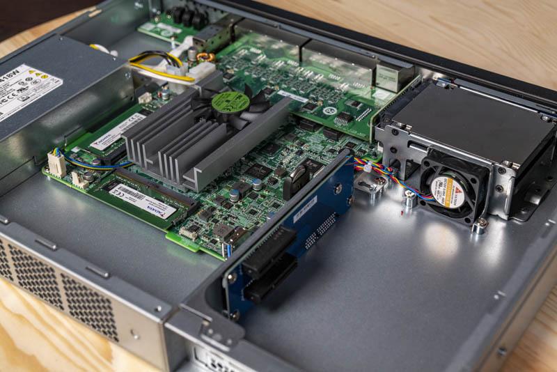 QNAP QGD 1600P Internal Overview Side