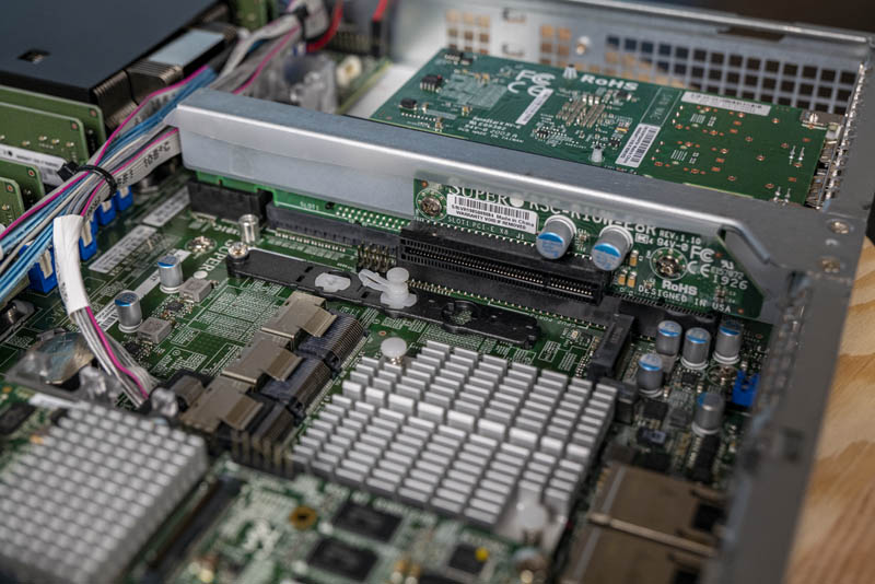 Supermicro SYS 1029P WTR Internal Riser X8 And M.2
