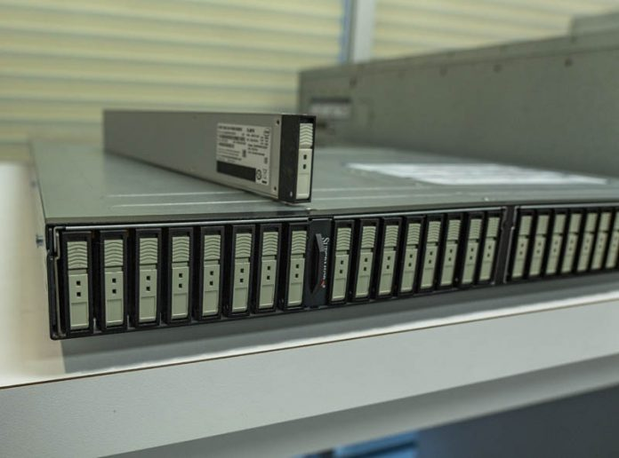 Supermicro SSG 1029P NEL32R With 15TB Intel EDSFF SSD On Top
