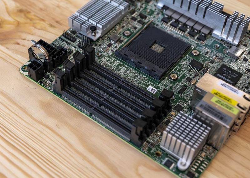 ASRock Rack X570D4I 2T SODIMMs