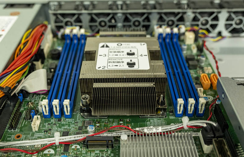 Supermicro SYS 1019P FHN2T CPU And Memory