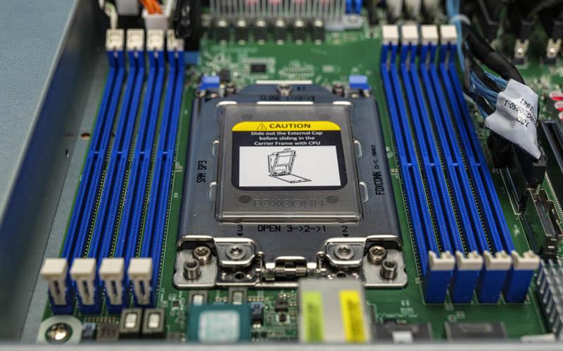 ASRock Rack 1U10E ROME2T CPU Socket And Memory