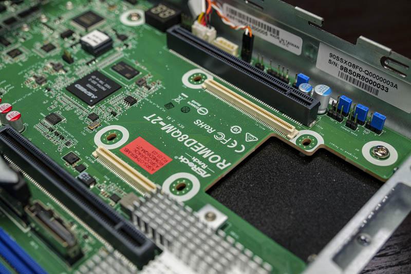 ASRock Rack 1U10E ROME2T OCP 2 NIC Slot