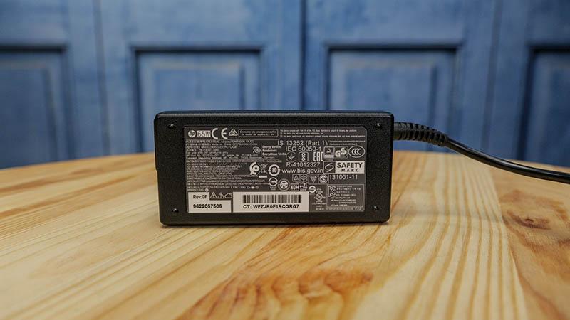 HP 65W Power Adapter