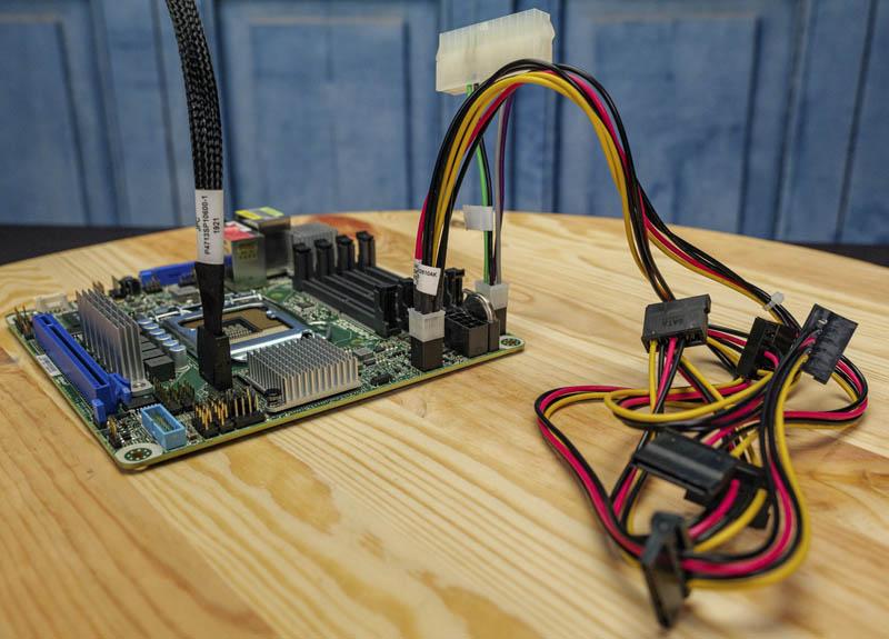 ASRock Rack E3C246D4I 2T Cables