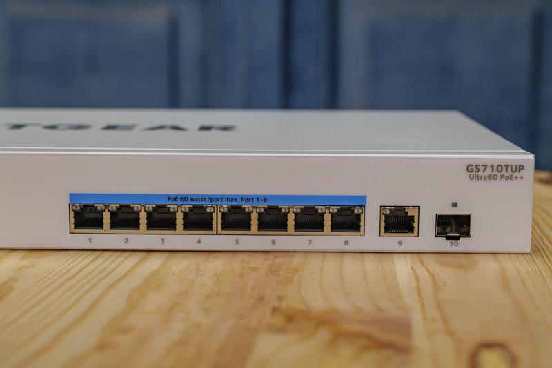 Netgear GS710TUP Ports