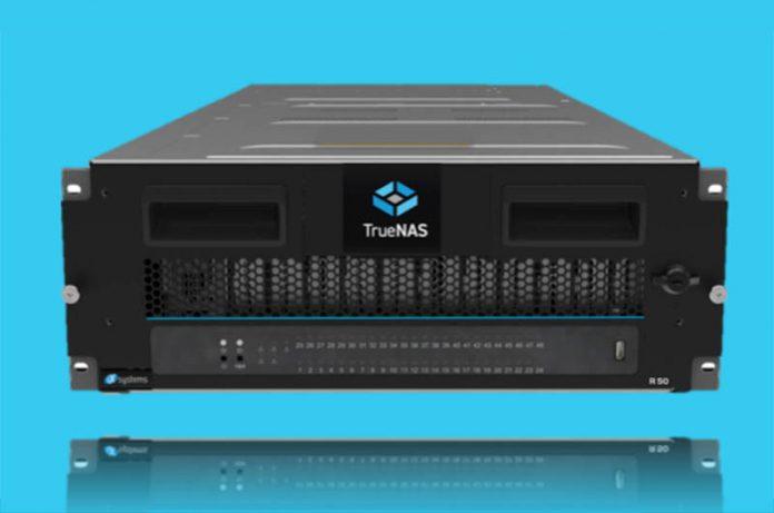 IXsystems TrueNAS R50 Cover