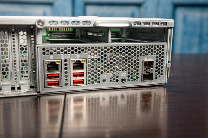 QNAP GM 1002 TNS H1083X E2236 16G 10GbE