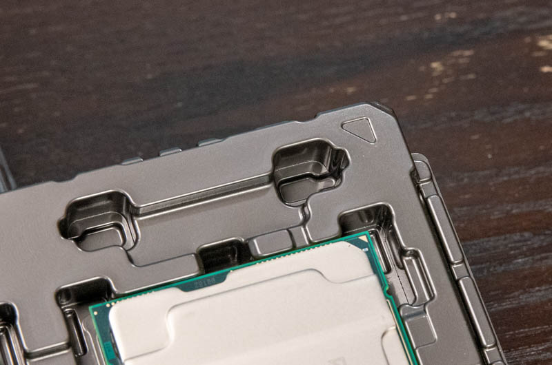 3rd Gen Intel Xeon Scalable Tray And CPU Key Aligned