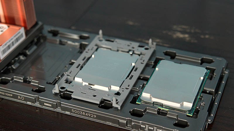 3rd Gen Xeon Scalable In Tray With Clip Installed