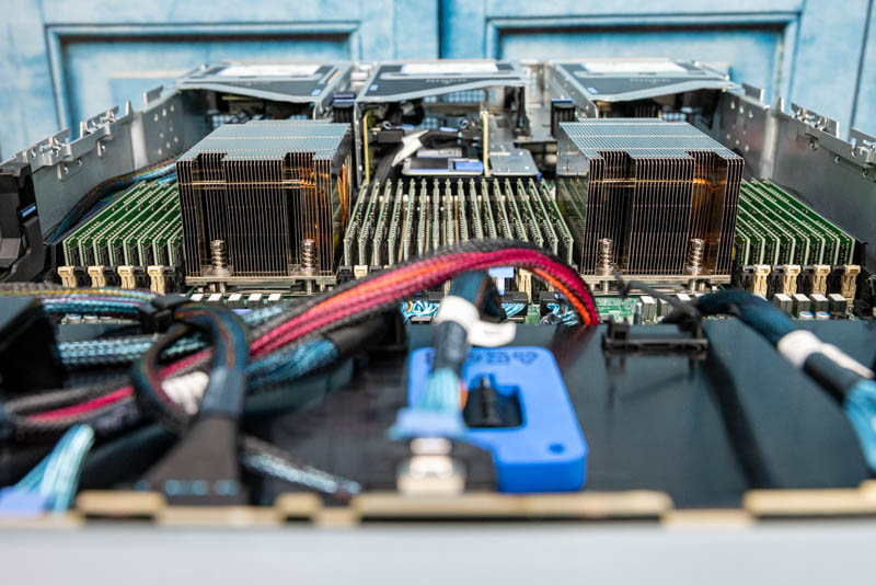 Dell EMC PowerEdge XE8545 Internal EPYC 7003 And Memory