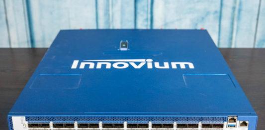 Innovium Teraswitch 7 Front 1