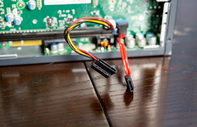 Advantech MIC 730AI SATA Power And Data Cables