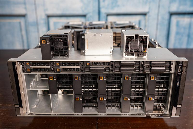 Dell EMC PowerEdge XE8545 Front Fans