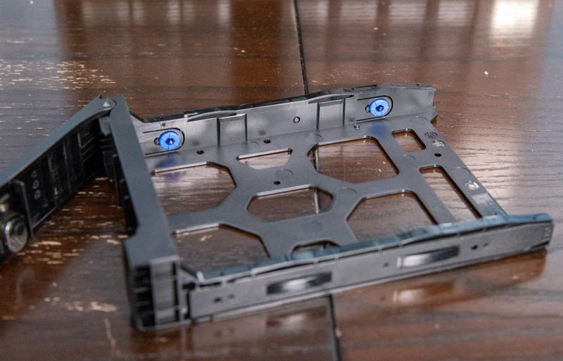 QNAP TS 873A Tool Less Drive Trays