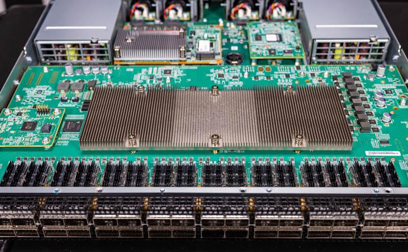 Dell EMC Networking S5232F ON Broadcom Switch Chip Heatsink